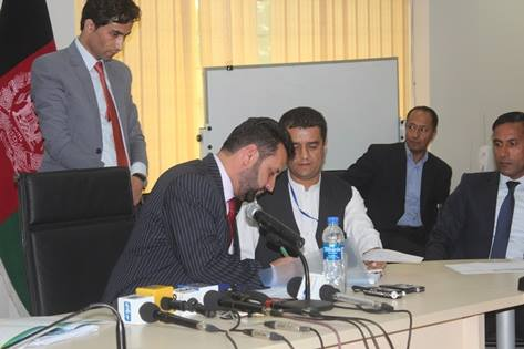 قرارداد ۹ پروژه سرکسازی و اعمار پل به ارزش ۲۳۸ میلیون افغانی امضا شد