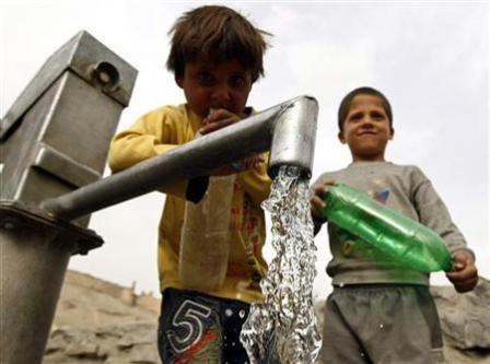 آب آشامیدنی صحی به خانههای مردم نیمروز میرسد