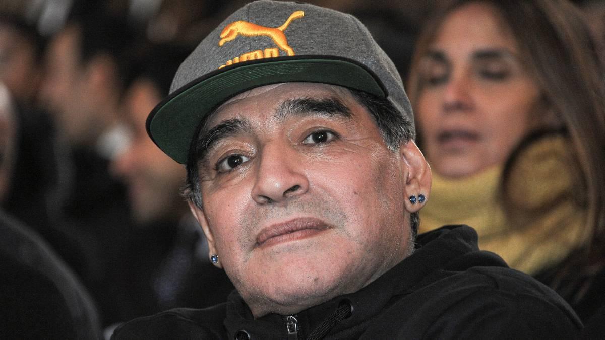 مارادونا: رونالدو به حق، بهترین فوتبالیست دنیا شد