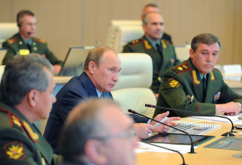 """هآرتص : سرنوشت """"بشار اسد"""" در دست یک ژنرال روسیه است"""