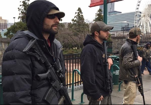حامیان ترامپ اسلحه به دست به خیابان آمدند