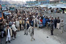 پاکستاني ځواکونو ۲۶۲ افغانان پر تورخم راواړول