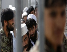 ایران ۲۰۰ زندانی را به افغانستان تحویل داد