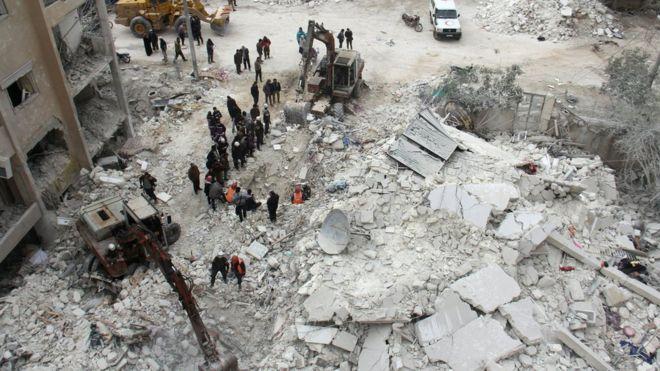 سوریه کې د هوایي برید پر مهال ۱۸ تنه وژل شوي دي