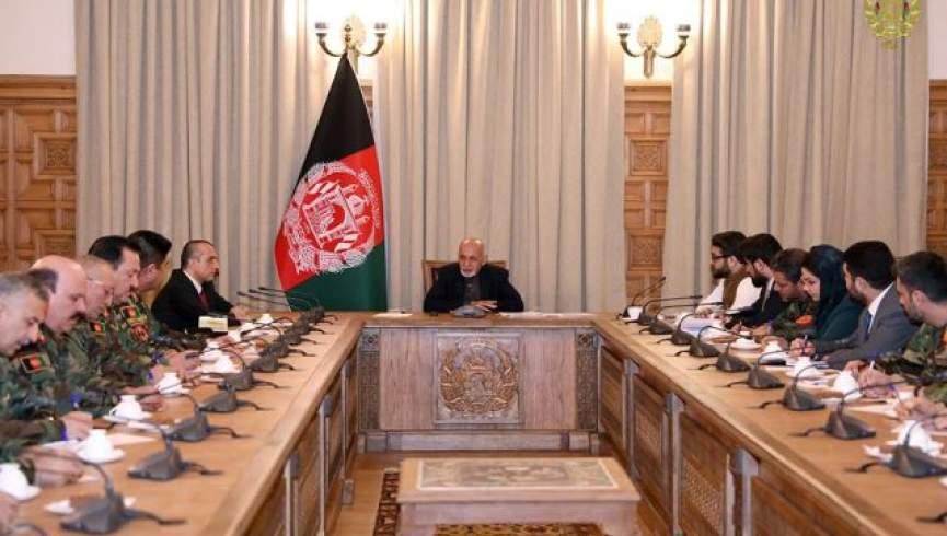 غنی: کاهش چهار هزار نیروی امریکایی از افغانستان هیچ تاثیری در وضعیت نخواهد گذاشت/ نیروهای افغان توانایی مدیریت خطرات را دارند