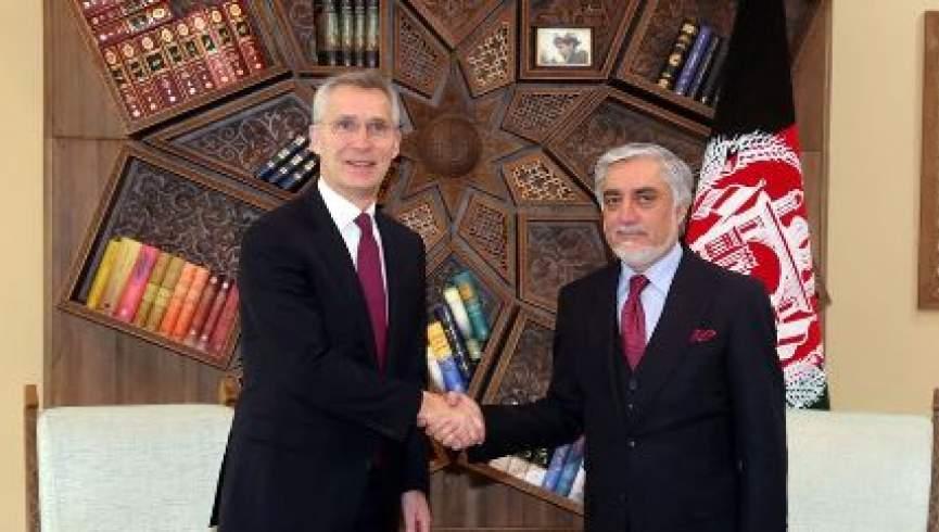 دیدار سرمنشی ناتو با عبدالله: به حضورمان در افغانستان ادامه میدهیم