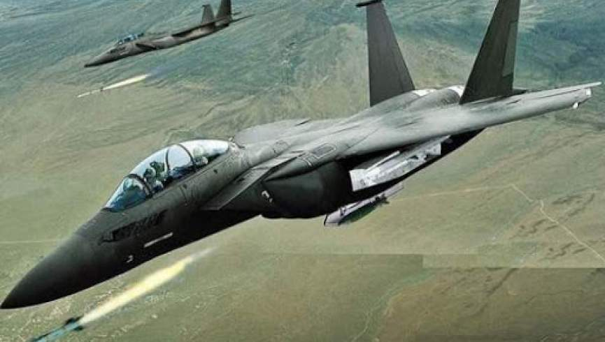حمله جنگنده های سعودی به فرودگاه صنعا در یمن