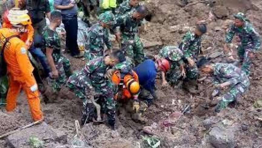 رانش زمین در اندونزی منجر به کشته شدن 12 نفر شد