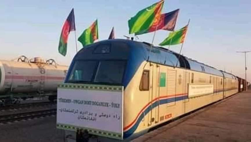 سه پروژه مهم توسعه توسط روسای جمهور افغانستان و ترکمنستان راه اندازی شده است