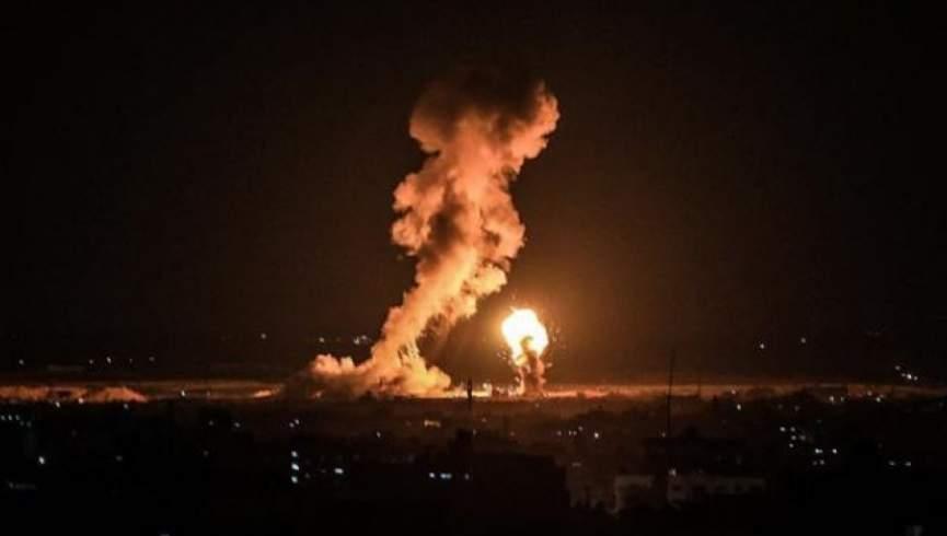 در یک حمله هوایی به یک پایگاه نظامی در عراق حداقل 9 نفر کشته شدند
