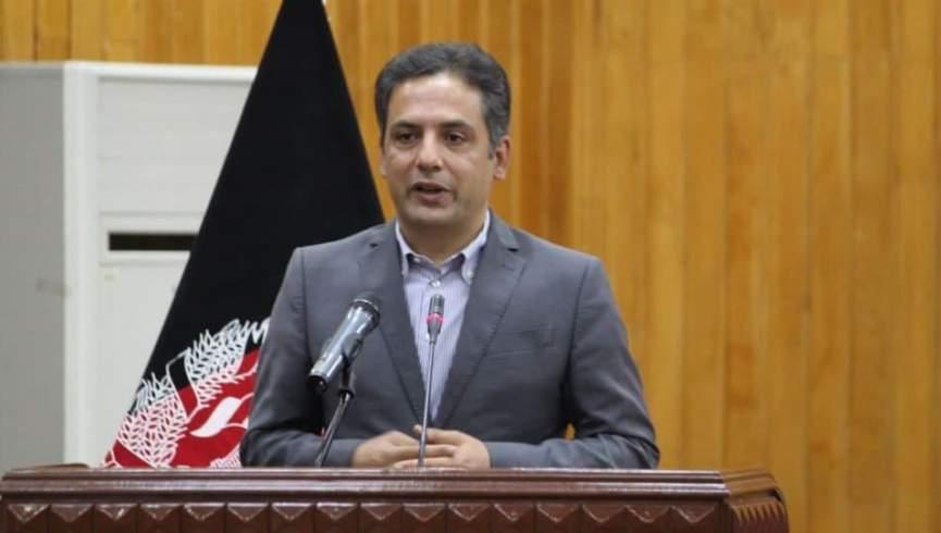 وحید عمر: سیاستمداران پس از فشار افکار عمومی از برنامه موقت دولت کناره گیری کردند