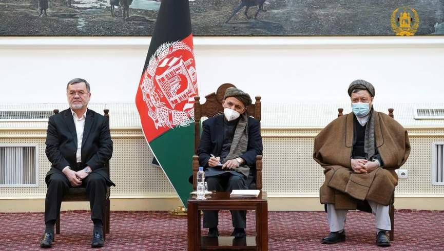 غنی با اعضای شورای علمای شیعه دیدار کرد.  خاتمه جمهوری مجازات بالایی خواهد داشت
