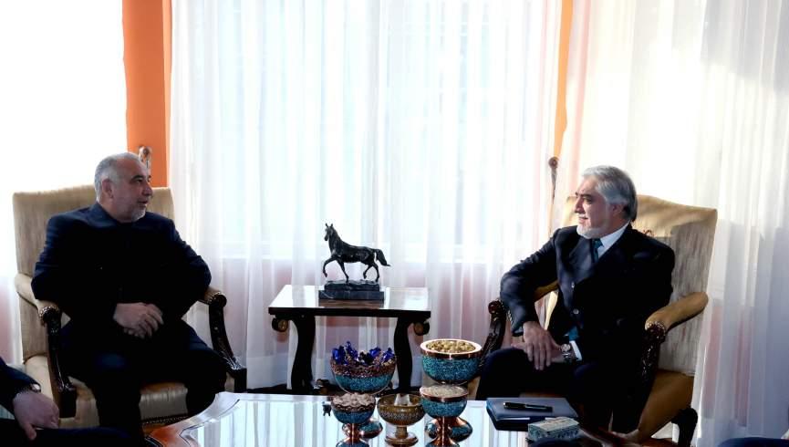 دکتر عبدالله با نماینده ویژه ایران دیدار کرد.  برای افغانستان مسئله نظامی وجود ندارد