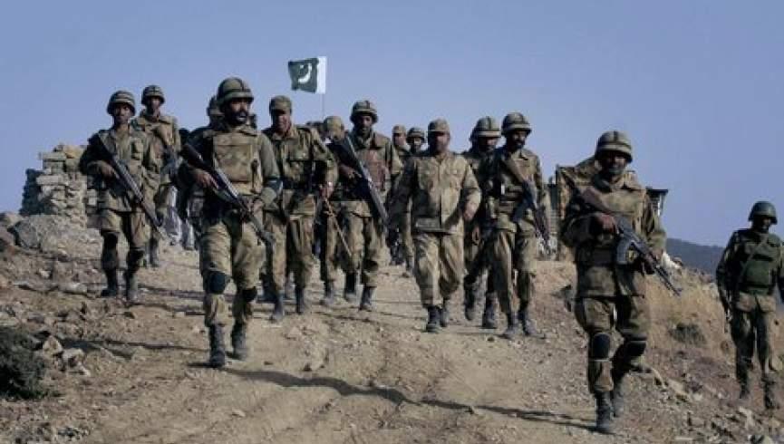 هشت مرزبان پاکستانی در درگیری با تروریست ها کشته شده اند