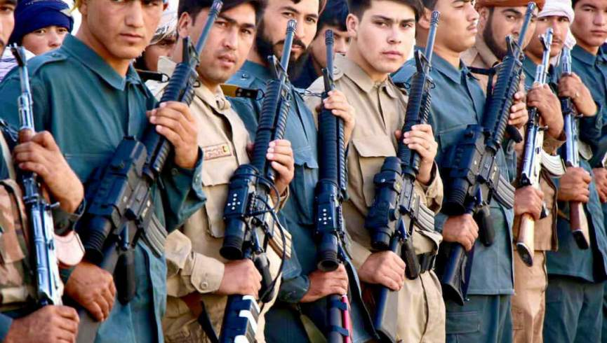 هفتاد نیروی امنیتی به همراه طالبان / والی بادغیس این نیروها را به میدان جنگ بازمی گردانند