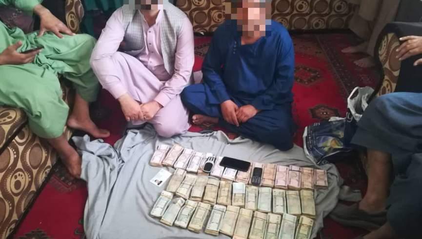 دو نفر به دلیل دریافت رشوه در هرات بازداشت شدند